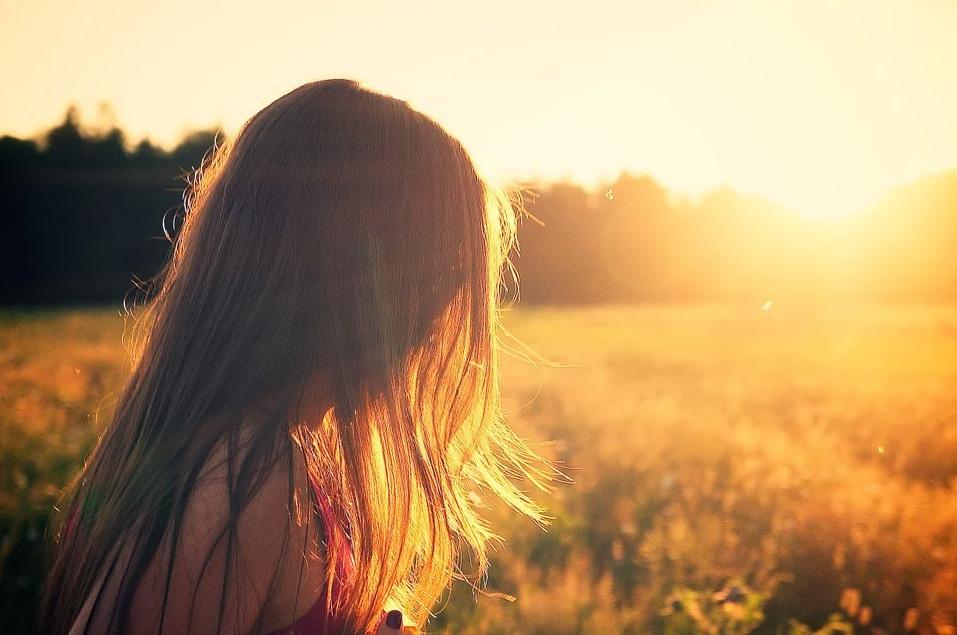 La vita bugiarda degli adulti è quella con cui deve fare i conti una ragazza che si rende conto di non sapere troppe cose
