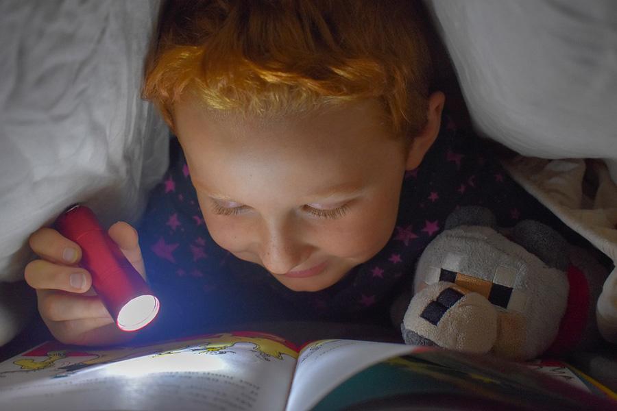 Leggere prima di dormire: un rito dai tanti benefici